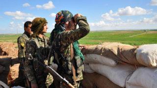 """""""الوحدات"""" الكردية.. في ميزان صحف الإعلام السوري الجديد"""
